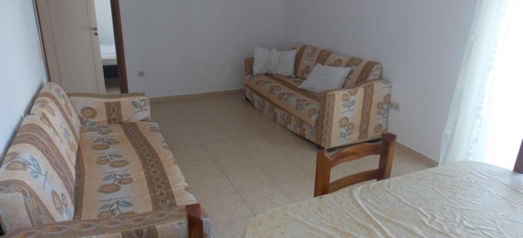 Eleana Apartments: Living Room SARANDA