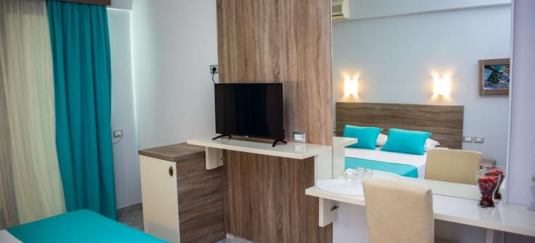 Hotel Oasis: Chambre - Detail SARANDA