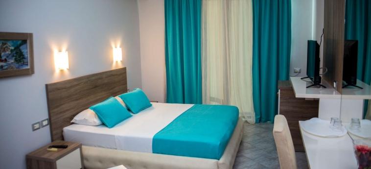 Hotel Oasis: Chambre SARANDA