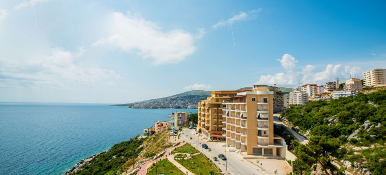 Hotel Oasis: Panorama SARANDA
