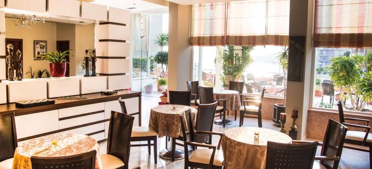 Hotel Oasis: Restaurant SARANDA
