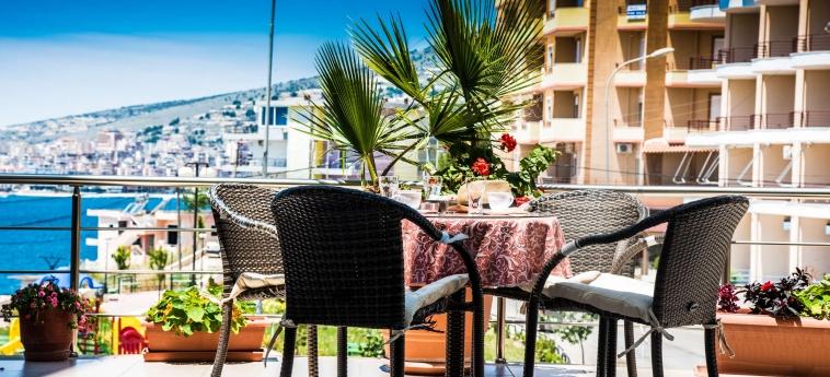 Hotel Oasis: Vue SARANDA