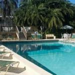 Hotel Golden Host Resort