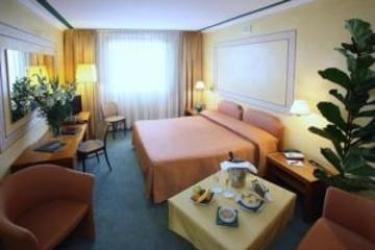 Hotel Cyrano: Jacuzzi SARONNO - VARESE