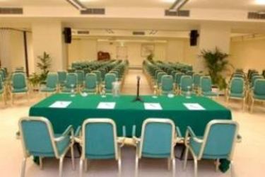 Hotel Della Rotonda: Beheiztes Schwimmbad SARONNO - VARESE