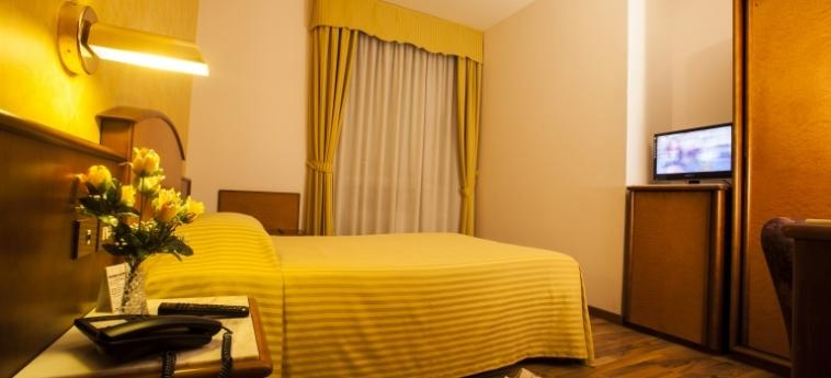 Hotel Concorde: Habitación SARONNO - VARESE