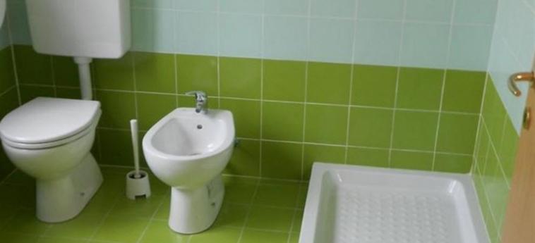 Malpensa Fiera Milano Hostel: Bagno SARONNO - VARESE