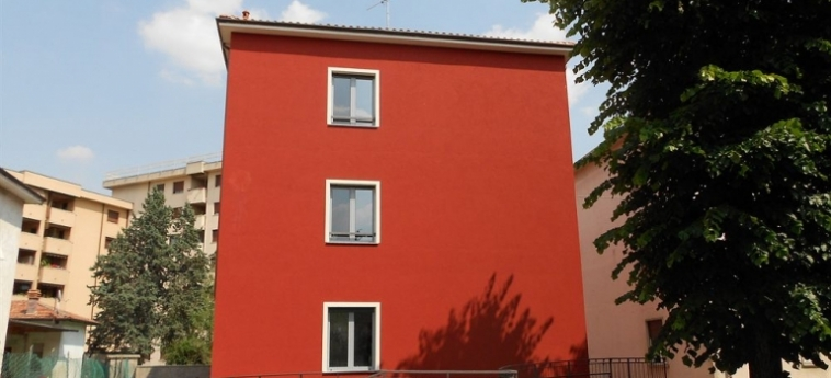 Malpensa Fiera Milano Hostel: Bungalow SARONNO - VARESE