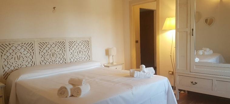 Hotel Tenuta Col Di Sasso: Bedroom SCARLINO - GROSSETO