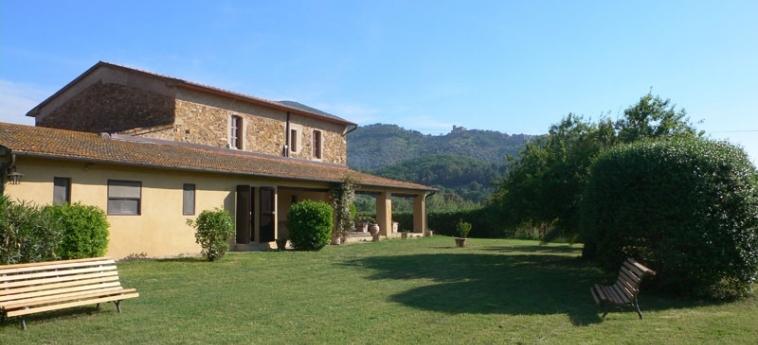 Hotel Tenuta Col Di Sasso: Exterior SCARLINO - GROSSETO