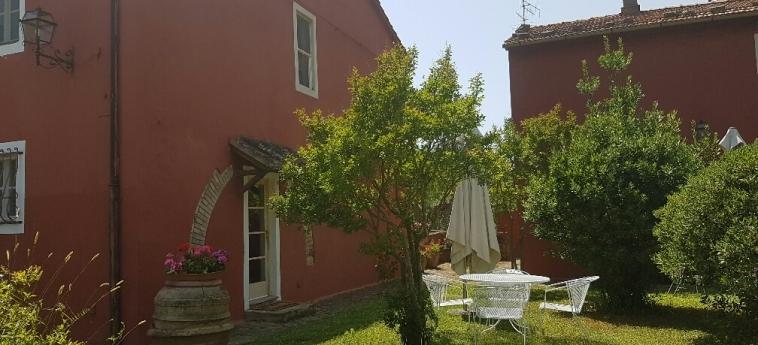 Hotel Tenuta Col Di Sasso: Garden SCARLINO - GROSSETO