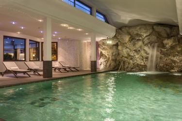 Hotel Residence Antares: Piscina Cubierta SELVA DI VAL GARDENA - BOLZANO