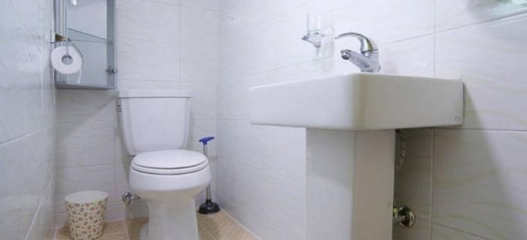 Hotel Cozyplace In Itaewon: Bathroom SEOUL