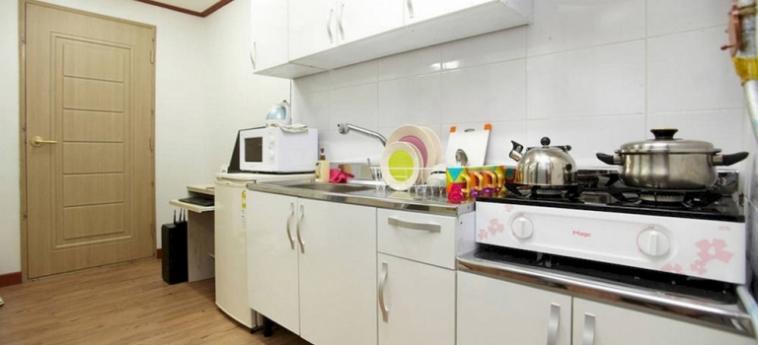 Hotel Cozyplace In Itaewon: Patio SEOUL