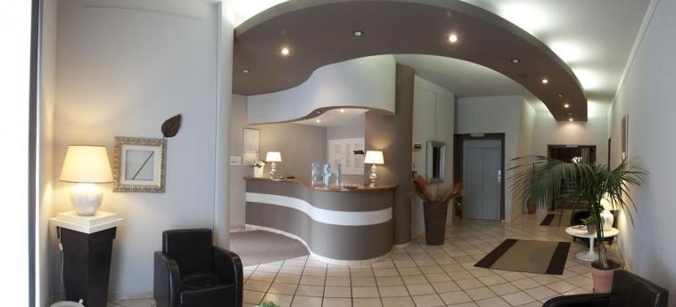 Hotel Bert: Reception SESTO SAN GIOVANNI - MILANO