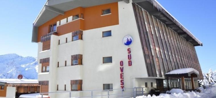 Hotel Sud-Ovest: Extérieur SESTRIERE - TORINO