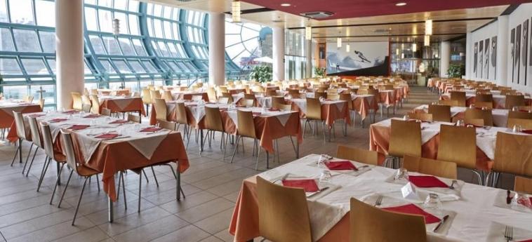 Hotel Villaggio Olimpico Sestriere: Sala de Desayuno SESTRIERE - TORINO