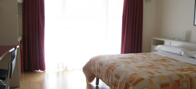 Hotel Lago Losetta: Camera Matrimoniale/Doppia SESTRIERE - TORINO