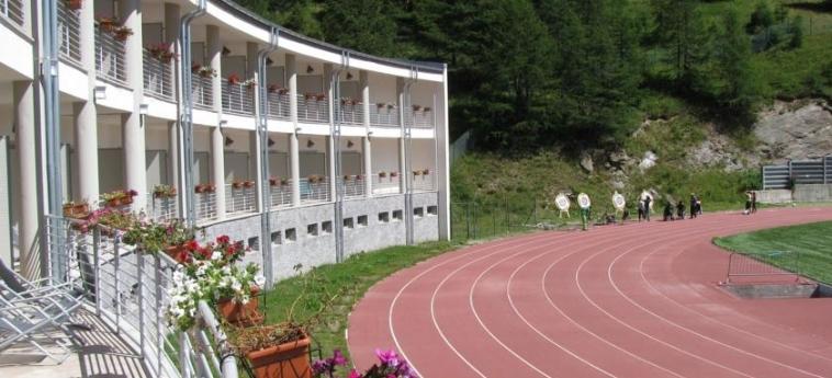 Hotel Lago Losetta: Exterieur SESTRIERE - TORINO