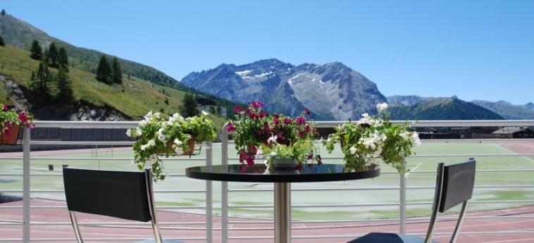 Hotel Lago Losetta: Vue SESTRIERE - TORINO
