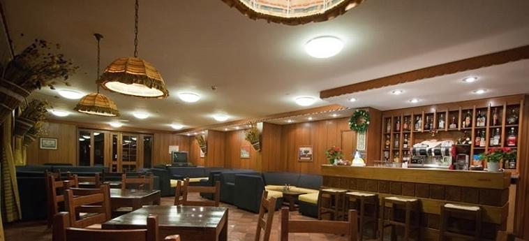 Hotel I Cavalieri: Bar SESTRIERE - TORINO