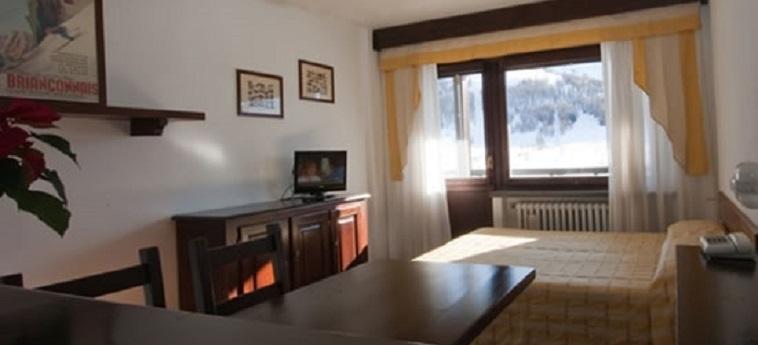 Hotel I Cavalieri: Camera Matrimoniale/Doppia SESTRIERE - TORINO