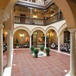 Casa Sacristia Santa Ana