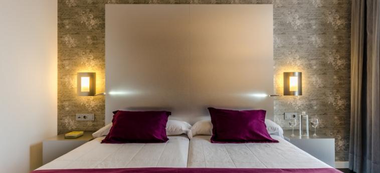 Hotel Yit Vía Sevilla Mairena: Schlafzimmer SEVILLA