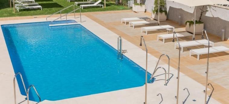 Hotel Hilton Garden Inn Sevilla: Outdoor Swimmingpool SEVILLE