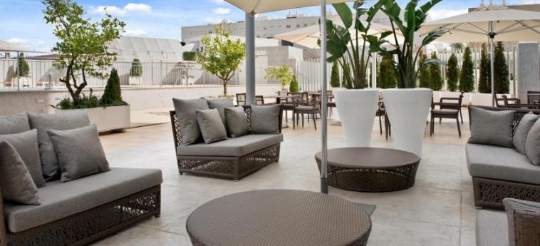 Hotel Hilton Garden Inn Sevilla: Terrace SEVILLE