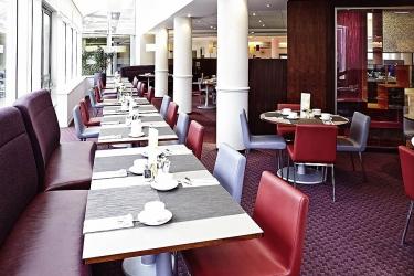 Hotel Novotel Sheffield Centre: Breakfast area SHEFFIELD