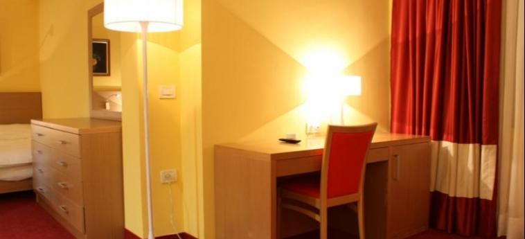 Hotel Colosseo: Chambre - Detail SHKODËR