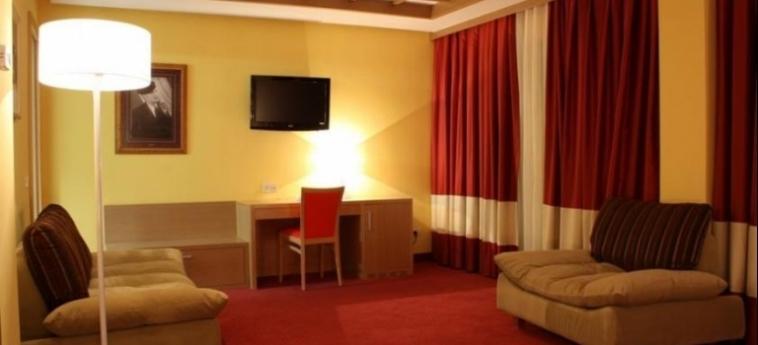 Hotel Colosseo: Salotto SHKODËR