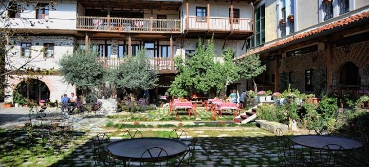 Hotel Tradita: Garden SHKODËR