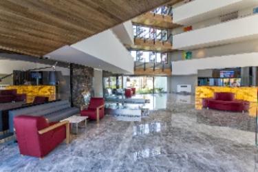 Q Spa Resort Hotel: Extérieur SIDE