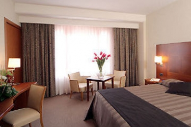 Hotel Four Points By Sheraton Siena: Guest Room SIENA