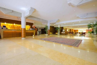Hotel Four Points By Sheraton Siena: Lobby SIENA