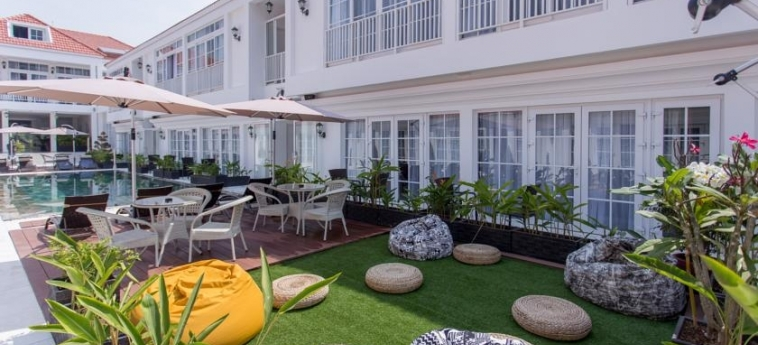 Hotel White Boutique: Jardin SIHANOUKVILLE