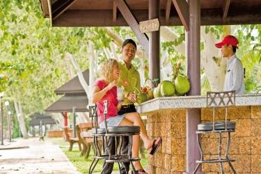 Hotel Sokha Beach Resort: Bar SIHANOUKVILLE