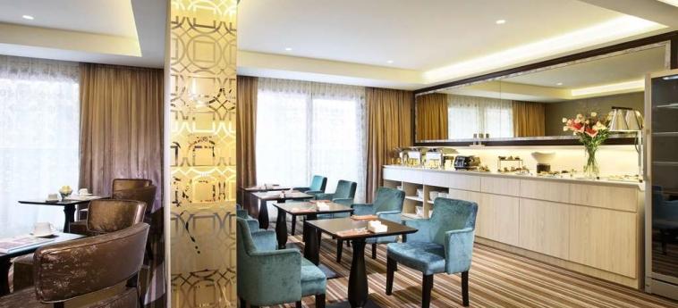 Village Hotel Katong: Bar SINGAPORE