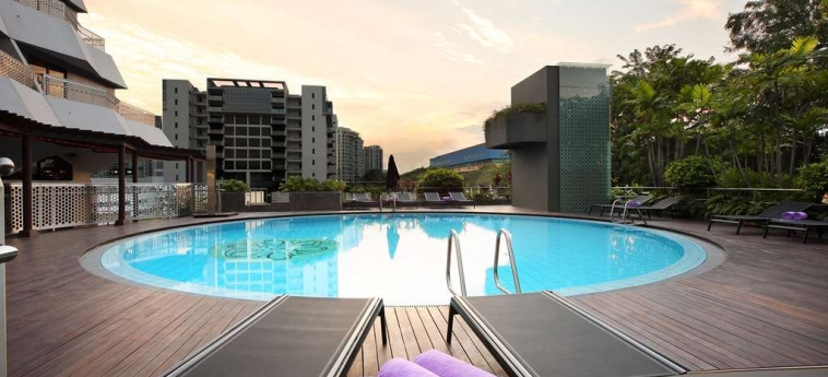 Village Hotel Katong: Piscina SINGAPORE