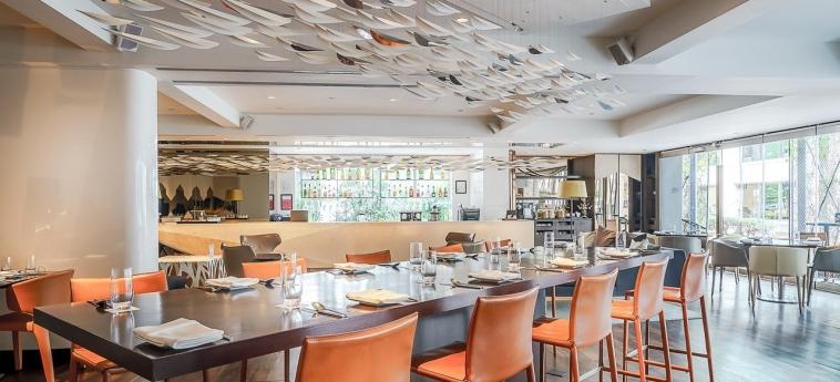 Hotel Naumi: Restaurante SINGAPORE