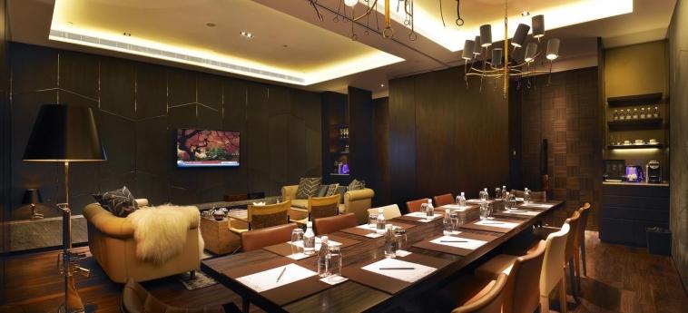 Hotel Naumi: Sala de conferencias SINGAPORE