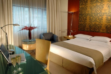 Orchard Hotel Singapore: Guest Room SINGAPORE