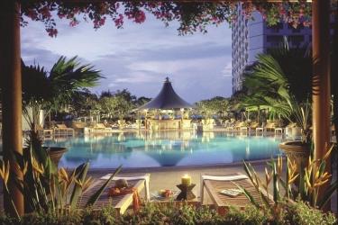 Hotel Swissotel The Stamford Singapore: Piscina SINGAPORE