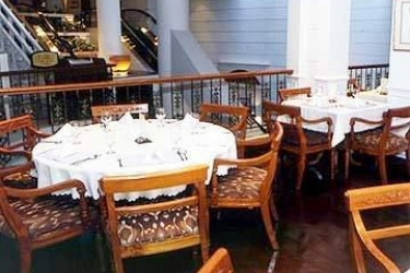 Hotel Albert Court: Restaurant SINGAPOUR