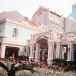 Hotel Albert Court