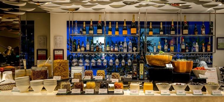 Hotel Naumi: Bar SINGAPUR