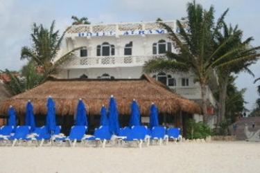 Alhambra Beach Hotel : Exterior SOLIDARIDAD