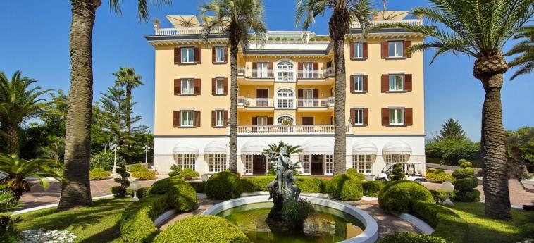 La Medusa Hotel & Boutique Spa: Außen SORRENT - NEAPEL